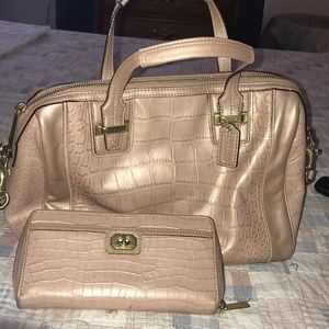Fabulous Coach Purse with matching Wallet